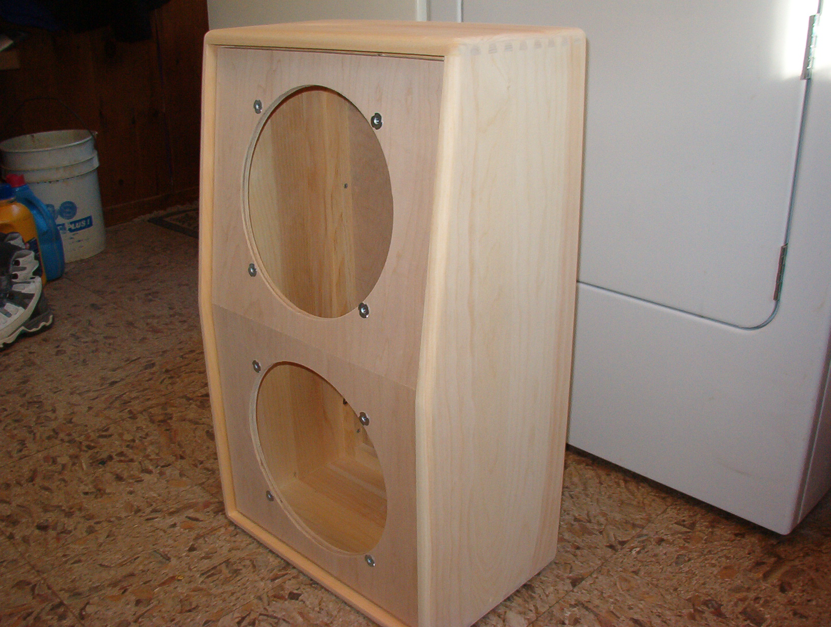 Have a custom speaker cabinet or amp cabinet design that needs built? Send  me your drawings or blueprints. Iu0027ll